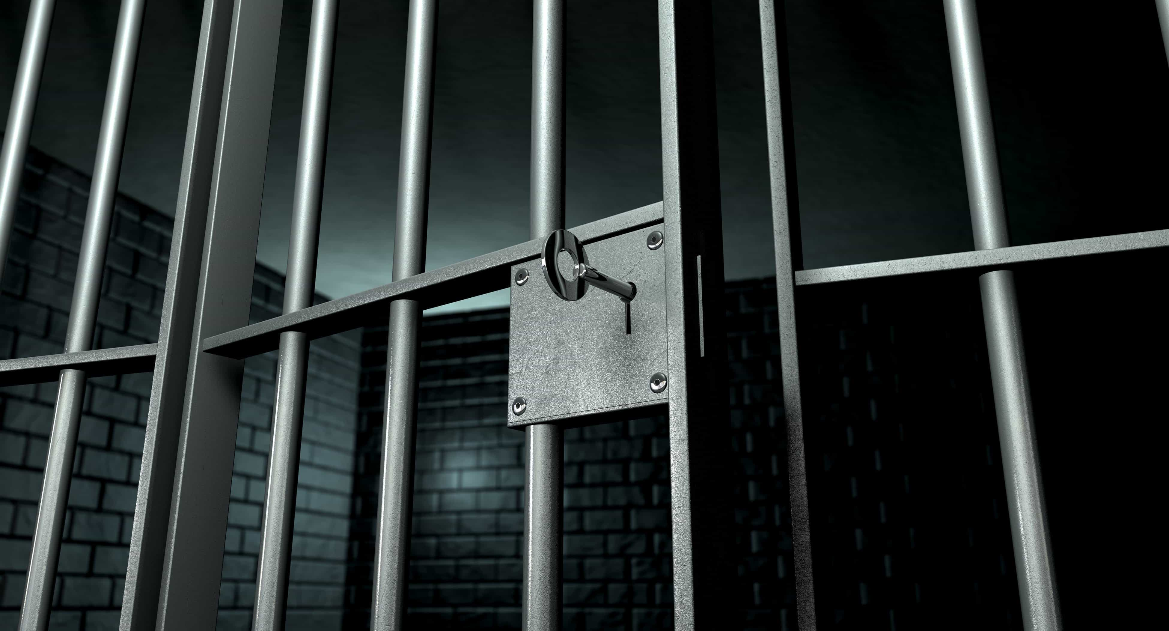 Risultati immagini per sbarre del carcere