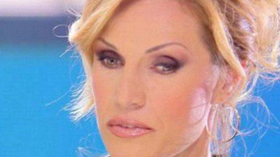 Domenica Live, Annalisa Minetti ospite oggi 13 gennaio 2019