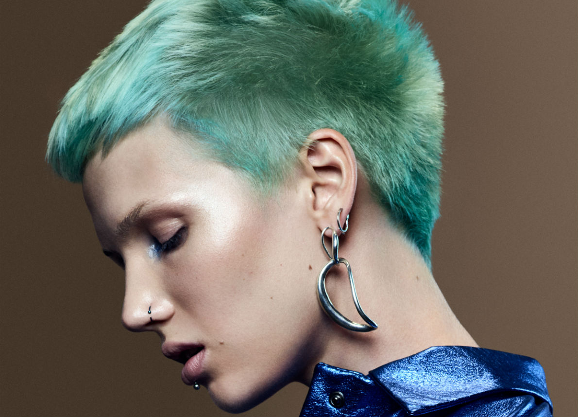Tagli capelli corti primavera 2019: impazza il pixie cut coloratissimo in versione pop e rock!
