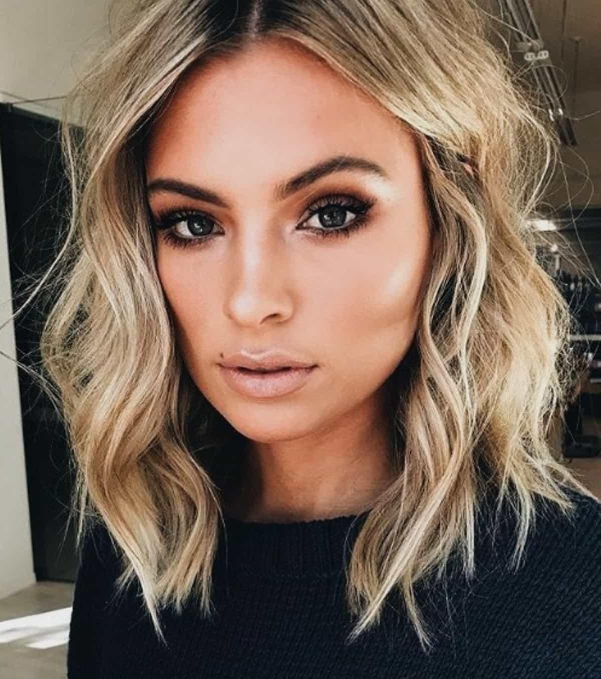 Tagli capelli corti e mossi 2019